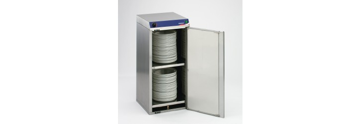 Hot cupboard for 60 plates